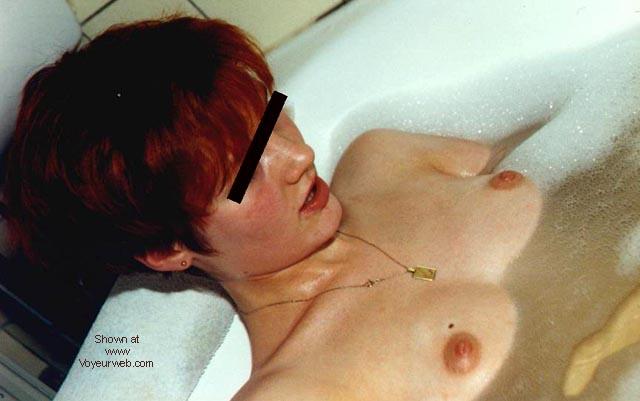 Pic #1 - Tina in der Wanne - DE