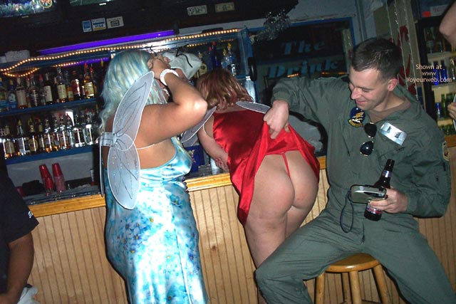 Pic #10 - *Gg Body Shots At The Bar