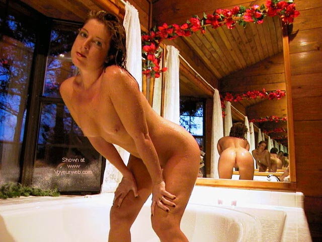 Pic #8 - Hot 24 yr old Wife at Jacuzzi Cabin