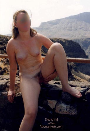 Pic #3 - Ex Girlfriend on Holiday (BLUR)