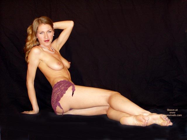 Pic #6 - Juliette In Velvet