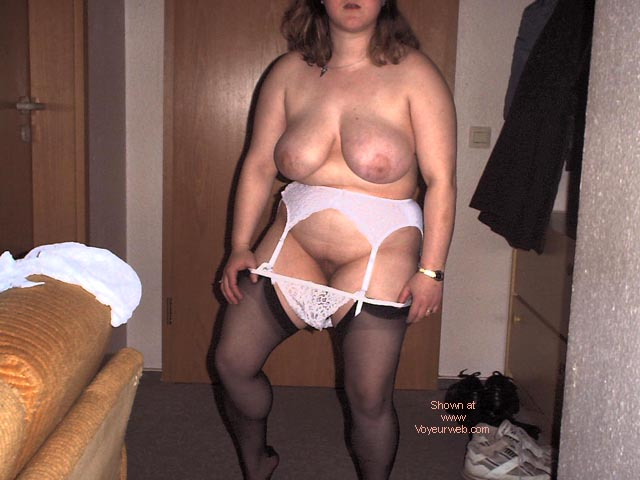 Pic #5 - My Wife,29 Years old DE