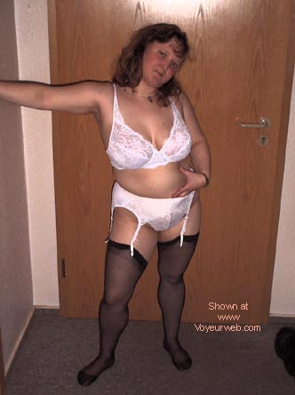 Pic #7 - My Wife,29 Years old DE