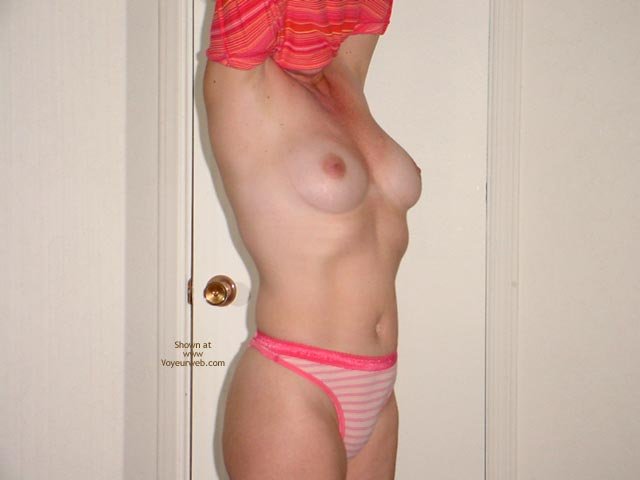 Pic #4 - Sexy 40 Wife