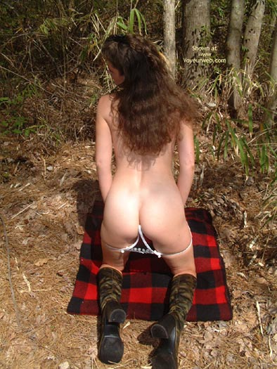 Pic #5 - Daisy Gets Naked In The Woods