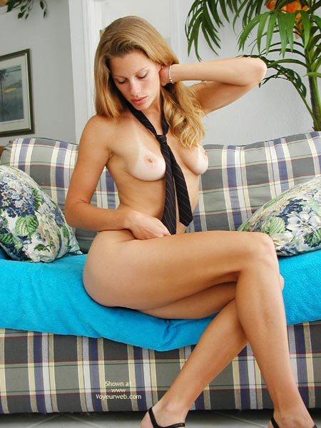 Pic #7 - *Ys Sweetclitty Couch Sexy Rear