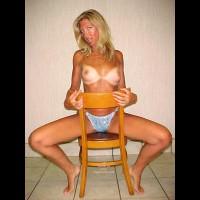 Melody'S Chair Contri