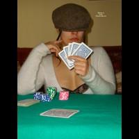 Perla Gioca A Poker