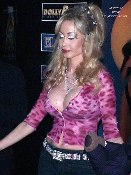 Pic #6 - AVN Expo 2001