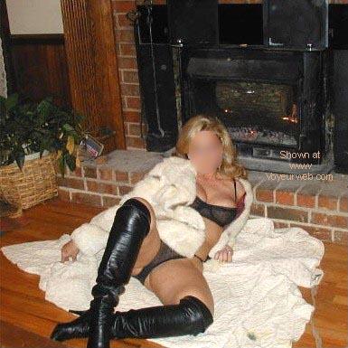 Pic #2 - Mia in GA Gets Cozy