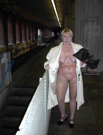 Pic #7 - Rhonda Flashing In St Louis 2