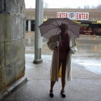 Rhonda Flashing In St Louis 4