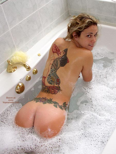 Pic #4 - *Ys Bootytime With Tittie Larue