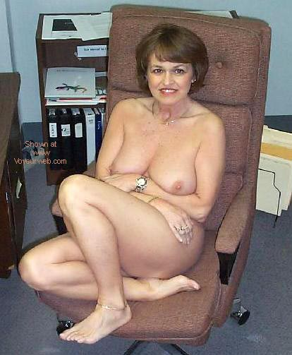 Pic #6 - Sexy Claire at the Office