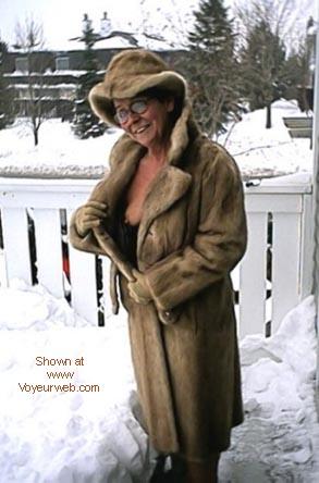 Pic #2 - Mature Lady