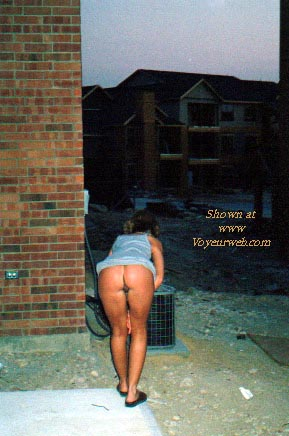 Pic #1 - Erica Outside