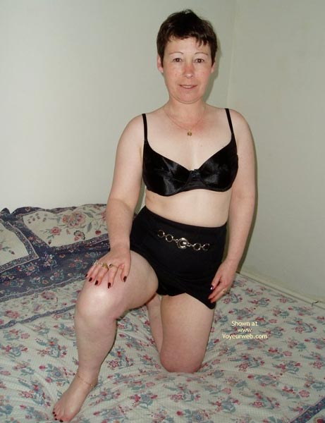 Pic #3 - Uk Wendy Gets Nude