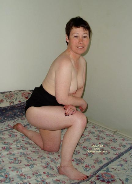 Pic #5 - Uk Wendy Gets Nude