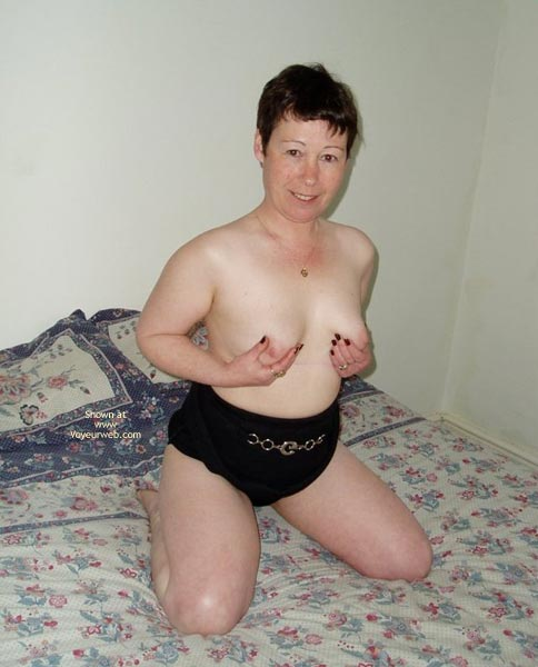 Pic #6 - Uk Wendy Gets Nude