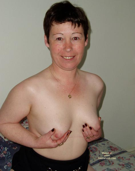 Pic #7 - Uk Wendy Gets Nude