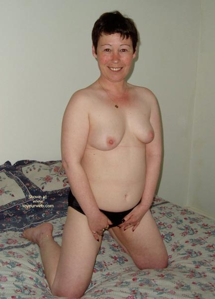Pic #8 - Uk Wendy Gets Nude