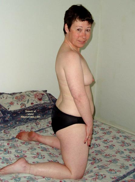 Pic #9 - Uk Wendy Gets Nude