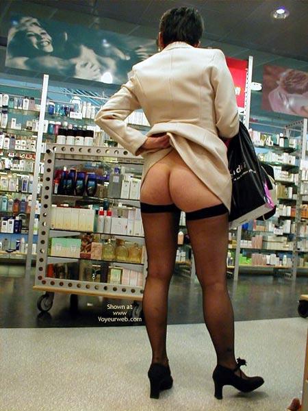 Pic #2 - Stores In Geneva