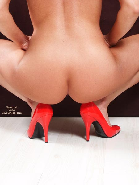 Pic #8 - Susy Rocks Red High Heels
