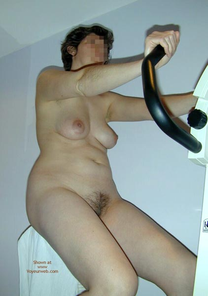 Pic #4 - Maria On The Hometrainer