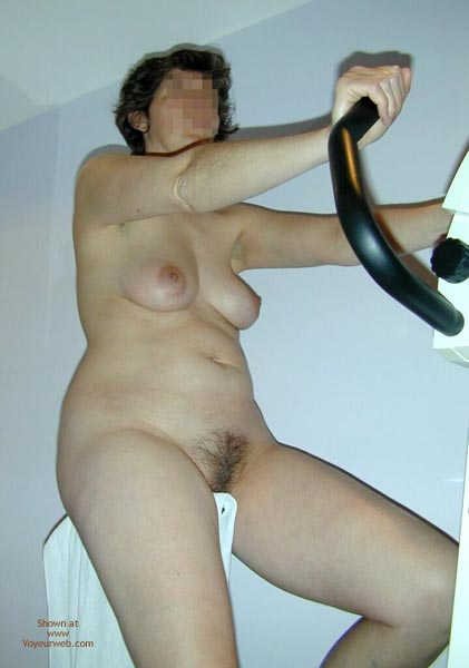 Pic #5 - Maria On The Hometrainer