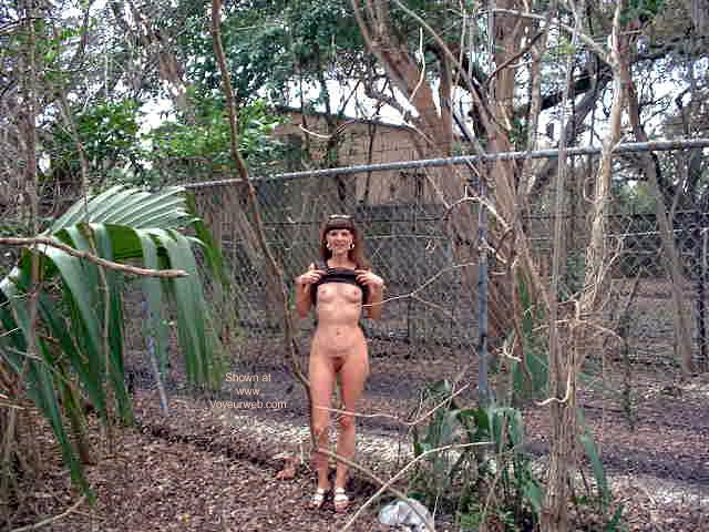 Pic #2 - Feeling Free In U.S.A.