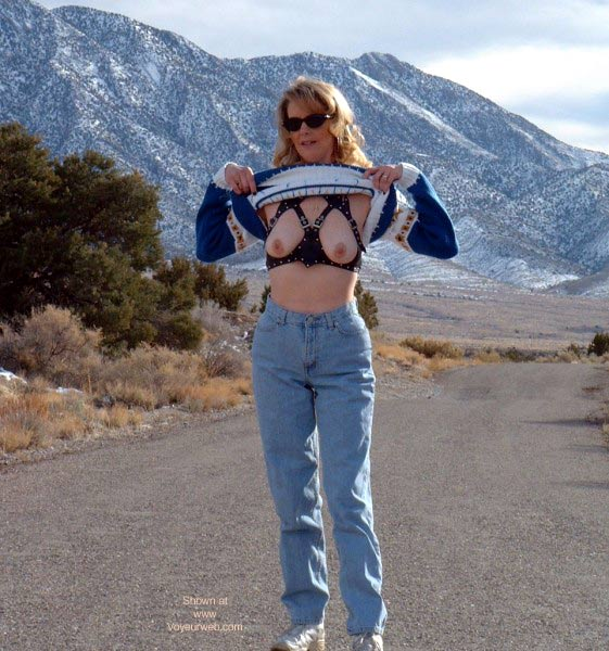 Pic #3 - Flashing in Nevada 2