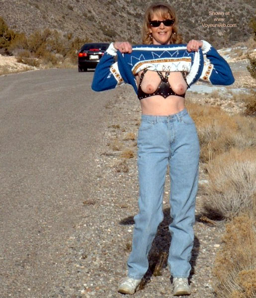 Pic #9 - Flashing in Nevada 2