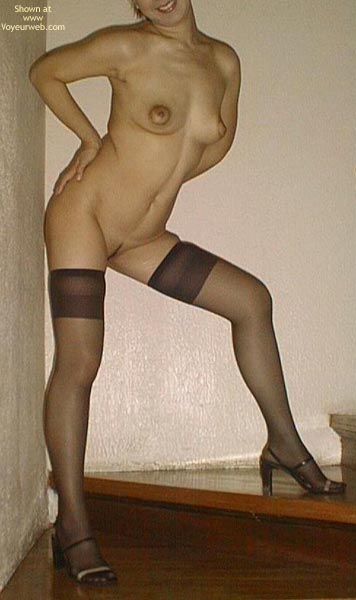 Pic #3 - Asian Dyna Nylons And Heels 2