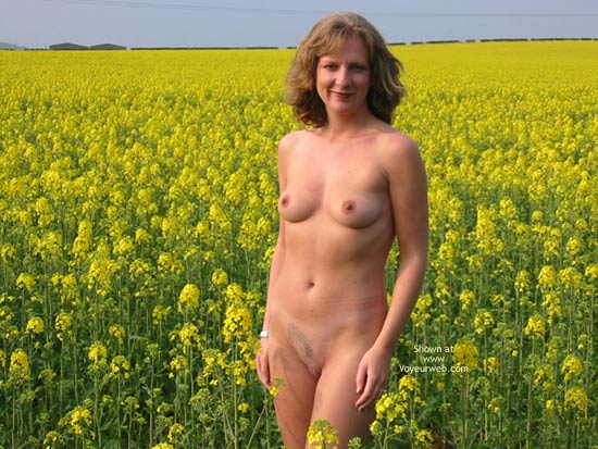 Pic #1 - Saucyminx In Yellow Flowers
