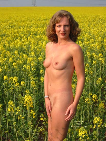 Pic #5 - Saucyminx In Yellow Flowers