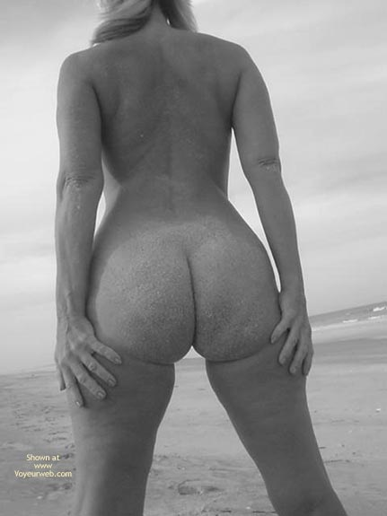 Pic #2 - Lucious On The Beach 3