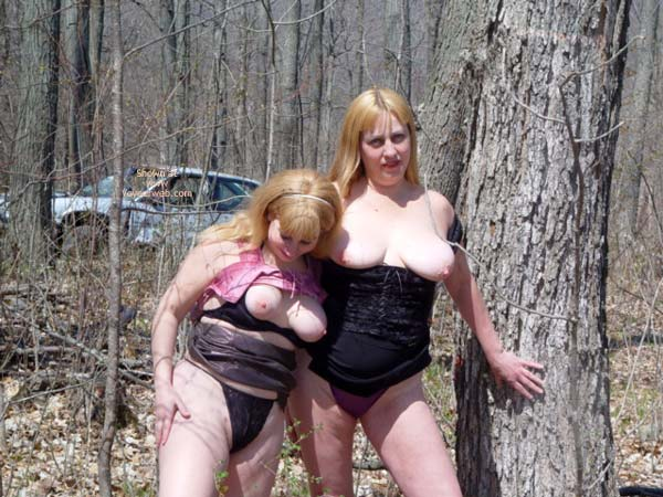 Pic #5 - Rox And Rebica  Out For A Walk