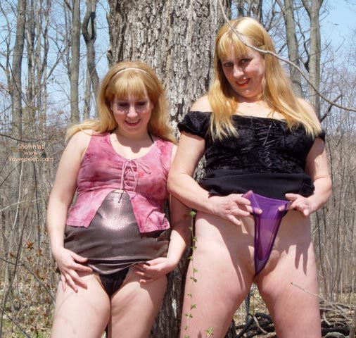 Pic #7 - Rox And Rebica  Out For A Walk