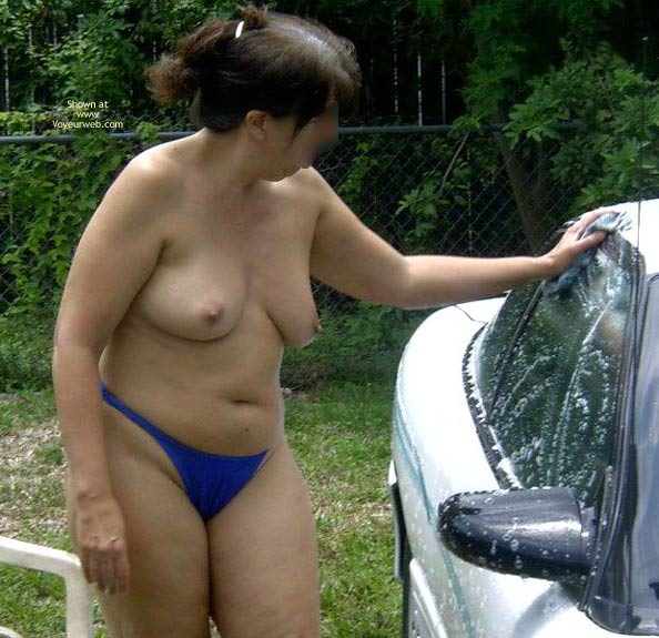 Pic #1 - Wife 48 Car Wash