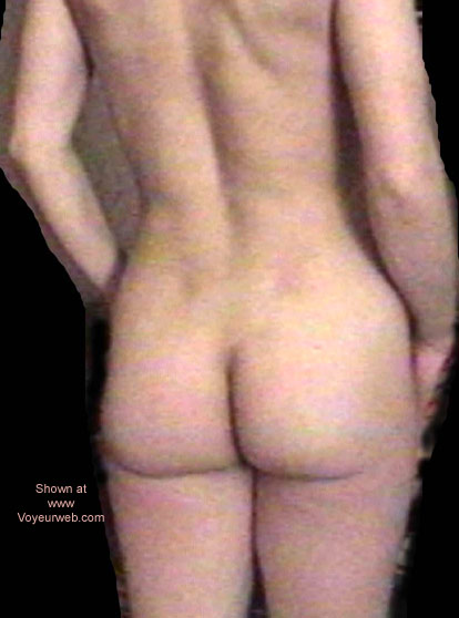 Pic #3 - Jess Undressing 2