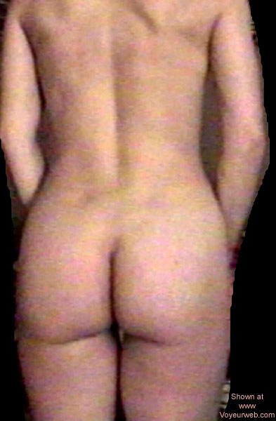 Pic #4 - Jess Undressing 2