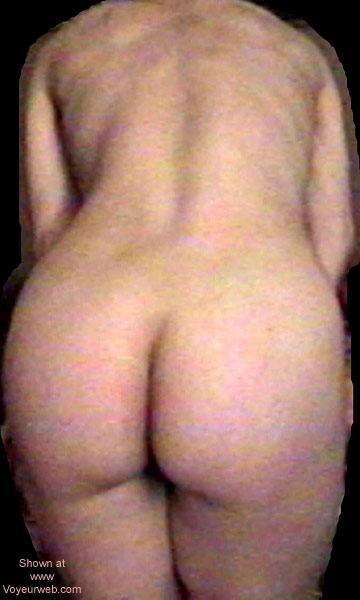 Pic #5 - Jess Undressing 2