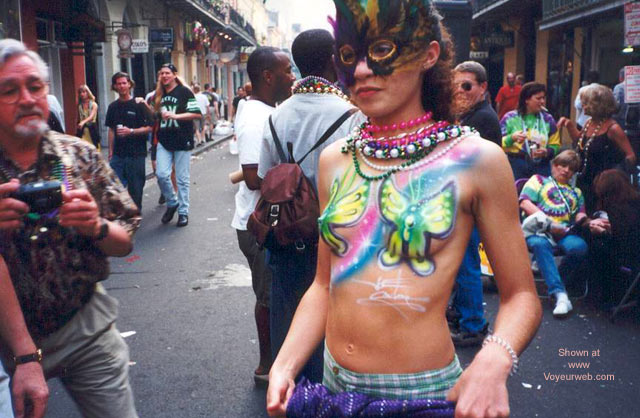 Pic #8 - Mardi Gras Pic In Nawlins