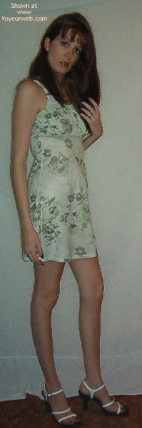 Pic #1 - Lisa Sexy Un-Dress Shots