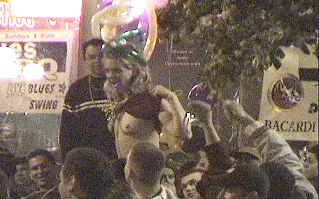 Pic #4 - San Diego Mardi Gras 2001 Part 2