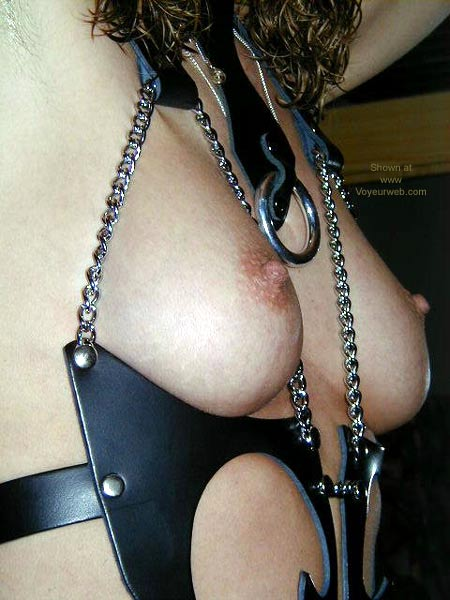 Pic #4 - Chevas' Girl in Leather