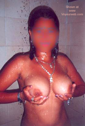 Pic #3 - Dayana from Colombia in Shower