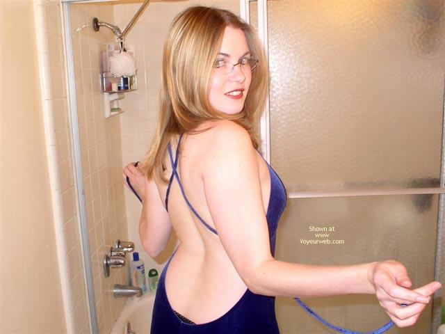 Pic #1 - Cynthia 19 Shower Fun