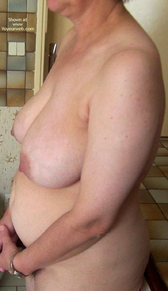 Pic #5 - Claudine Is Nude